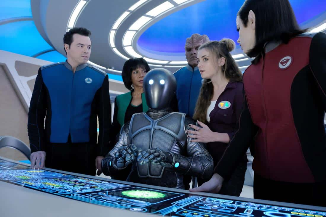 "THE ORVILLE:  L-R:  Seth MacFarlane, Penny Johnson Jerald, Mark Jackson, Peter Macon, guest star Giorgia Whigham and Halston Sage in the ""Majority Rule"" episode of THE ORVILLE airing Thursday, Oct. 26 (9:01-10:00 PM ET/PT) on FOX.  ©2017 Fox Broadcasting Co. Cr: Ray Mickshaw/FOX"