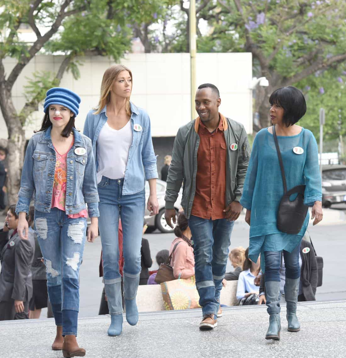 "THE ORVILLE:  L-R: Halston Sage, Adrianne Palicki, J Lee and Penny Johnson Jerald in the ""Majority Rule"" episode of THE ORVILLE airing Thursday, Oct. 26 (9:01-10:00 PM ET/PT) on FOX.  ©2017 Fox Broadcasting Co. Cr:  Michael Becker/FOX"