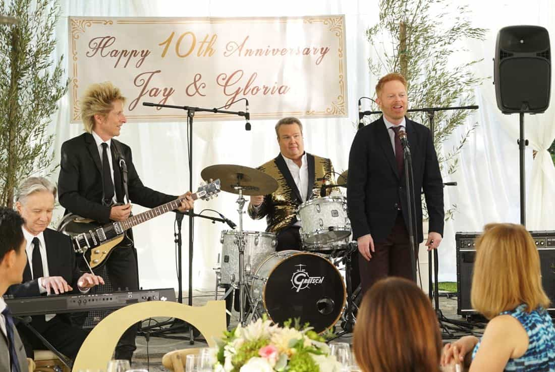"""MODERN FAMILY - """"Ten Years Later"""" - Claire is determined to make up for her less-than-joyful mood at Jay and Gloria's wedding by throwing their tenth-anniversary party. As part of the festivities, Phil is going to perform a magic trick featuring Gloria appearing out of thin air in her wedding dress; that is if Gloria can still get into it! - on """"Modern Family,"""" WEDNESDAY, NOV. 1 (9:00-9:31 p.m. EDT), on The ABC Television Network. (ABC/Ron Tom) ERIC STONESTREET, JESSE TYLER FERGUSON"""