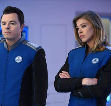 """THE ORVILLE: L-R: Seth McFarland and Adrianne Palicki in the """"Into The Fold"""" episode of THE ORVILLE airing Thursday, Nov. 2 (9:01-10:00 PM ET/PT) on FOX. ©2017 Fox Broadcasting Co. Cr: Michael Becker/FOX"""