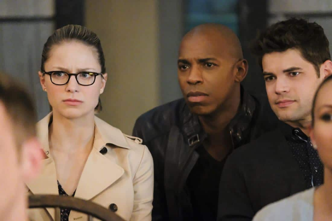 """Supergirl -- """"The Faithful"""" -- SPG304b_0440.jpg ñ Pictured (L-R): Melissa Benoist as Kara/Supergirl and Mehcad Brooks as James Olsen/Guardian -- Photo: Bettina Strauss/The CW -- © 2017 The CW Network, LLC. All Rights Reserved"""