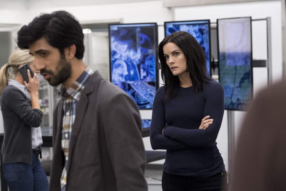 "BLINDSPOT -- ""Enemy Bag of Tricks"" Episode 302 -- Pictured: (l-r) Sathya Sridharan as Nikhil, Jaimie Alexander as Jane Doe -- (Photo by: David Geisbrecht/NBC/Warner Bros)"