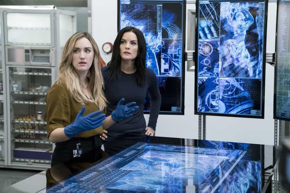 "BLINDSPOT -- ""Enemy Bag of Tricks"" Episode 302 -- Pictured: (l-r) Ashley Johsnon as Patterson, Jaimie Alexander as Jane Doe -- (Photo by: David Geisbrecht/NBC/Warner Bros)"
