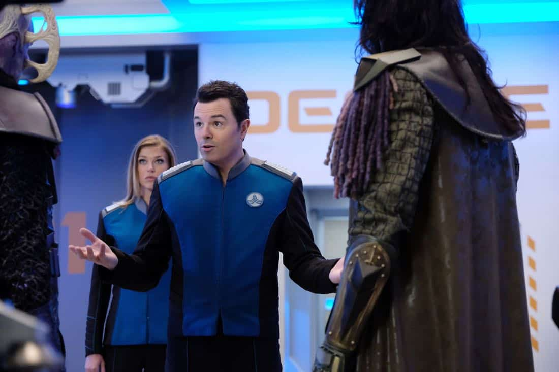 "THE ORVILLE: L-R:  Adrianne Palicki and Seth MacFarlane in the ""Cupid's Dagger"" episode of THE ORVILLE airing Thursday, Nov. 9 (9:01-10:00 PM ET/PT) on FOX.  ©2017 Fox Broadcasting Company.  Cr:  Ray Mickshaw/FOX"