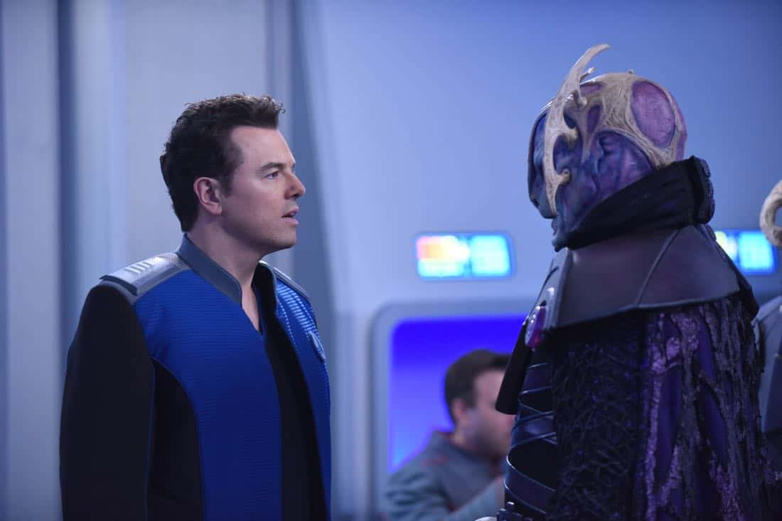 "THE ORVILLE:  L-R:  Seth MacFarlane and guest star Derek Mears in the ""Cupid's Dagger"" episode of THE ORVILLE airing Thursday, Nov. 9 (9:01-10:00 PM ET/PT) on FOX.  ©2017 Fox Broadcasting Company.  Cr:  Ray Mickshaw/FOX"