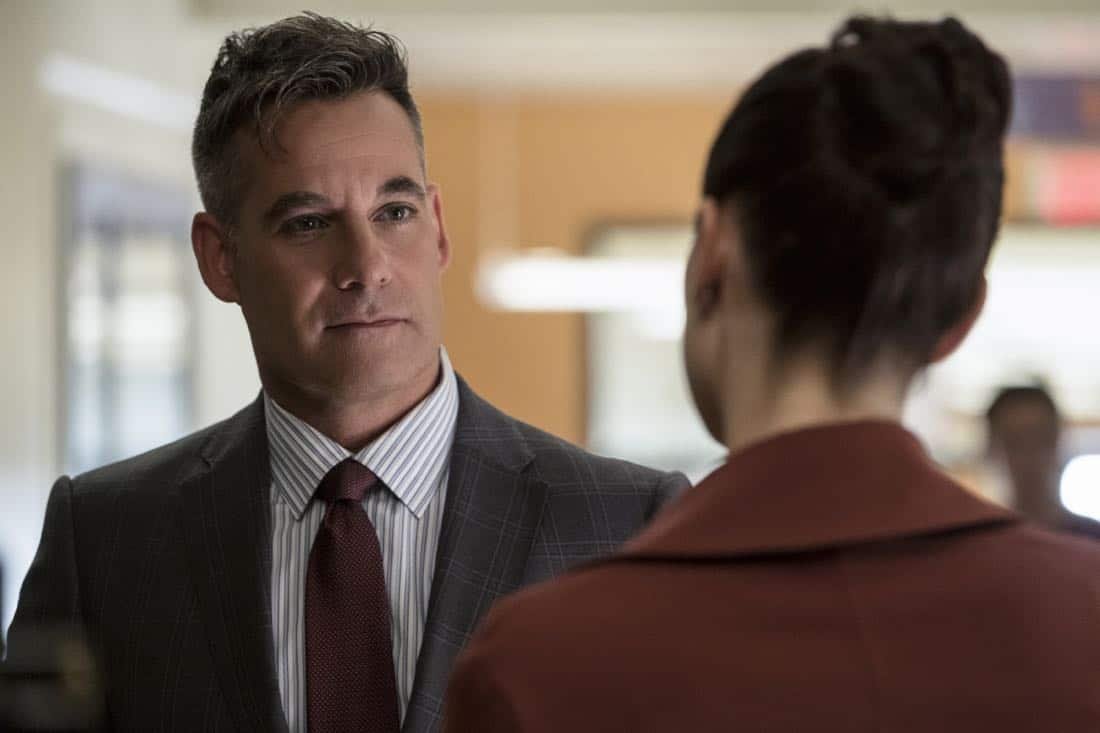 """Supergirl -- """"Damage"""" -- SPG305b_0024.jpg -- Pictured: Adrian Pasdar as Morgan Edge -- Photo: Jeff Weddell/The CW -- © 2017 The CW Network, LLC. All Rights Reserved"""