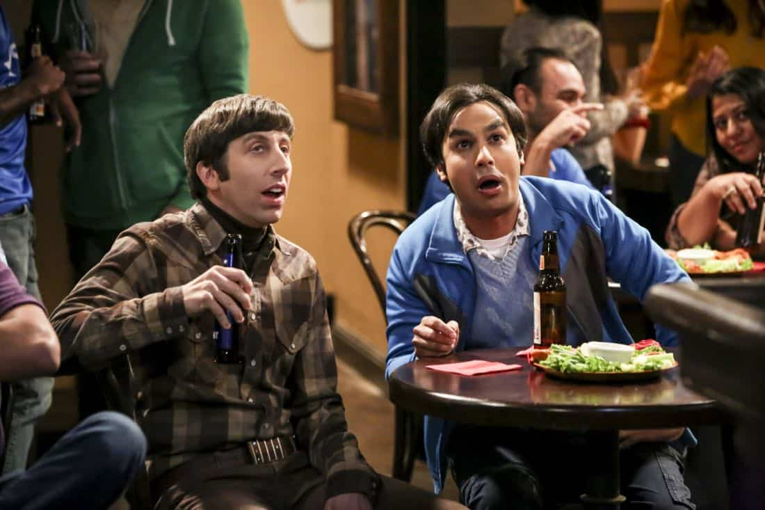 """""""The Geology Methodology"""" – Pictured: Howard Wolowitz (Simon Helberg) and Rajesh Koothrappali (Kunal Nayyar). Sheldon and Bert collaborate on a research project, despite Sheldon's embarrassment. Also, Penny and Bernadette coach Koothrappali on how to navigate his relationship with Ruchi (Swati Kapila), on THE BIG BANG THEORY, Thursday, Nov. 9 (8:00-8:31 PM, ET/PT), on the CBS Television Network. Photo: Michael Yarish/Warner Bros. Entertainment Inc. © 2017 WBEI. All rights reserved."""