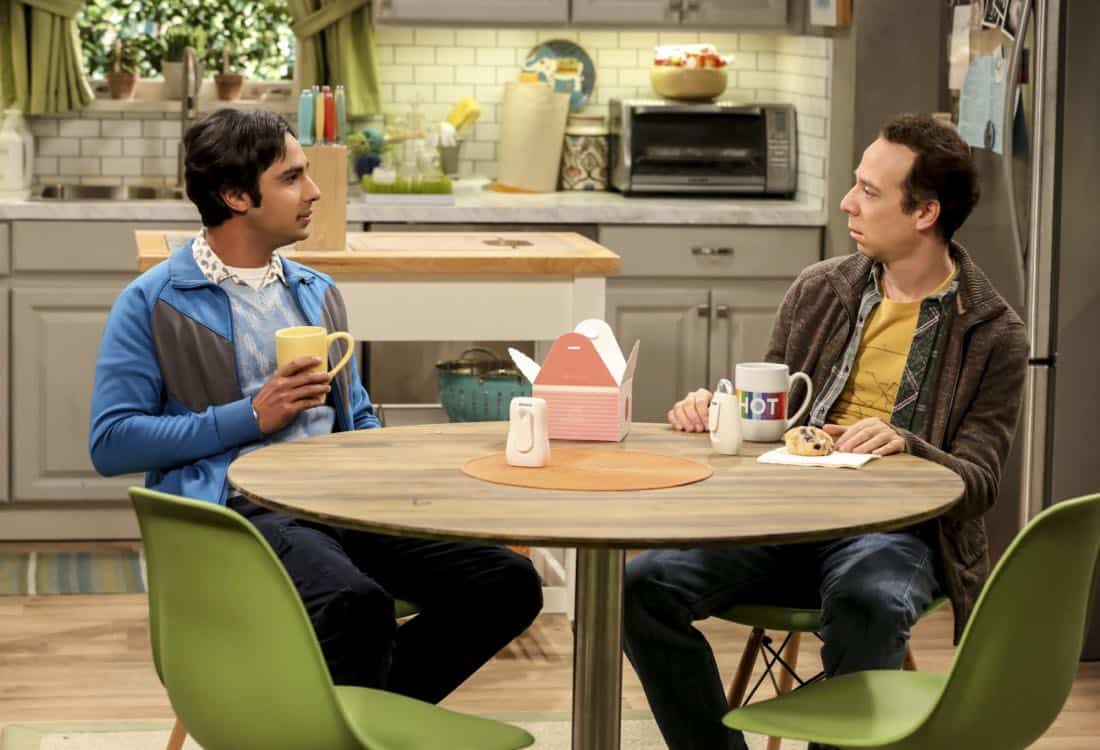 """""""The Geology Methodology"""" – Pictured: Rajesh Koothrappali (Kunal Nayyar) and Stuart (Kevin Sussman). Sheldon and Bert collaborate on a research project, despite Sheldon's embarrassment. Also, Penny and Bernadette coach Koothrappali on how to navigate his relationship with Ruchi (Swati Kapila), on THE BIG BANG THEORY, Thursday, Nov. 9 (8:00-8:31 PM, ET/PT), on the CBS Television Network. Photo: Michael Yarish/Warner Bros. Entertainment Inc. © 2017 WBEI. All rights reserved."""