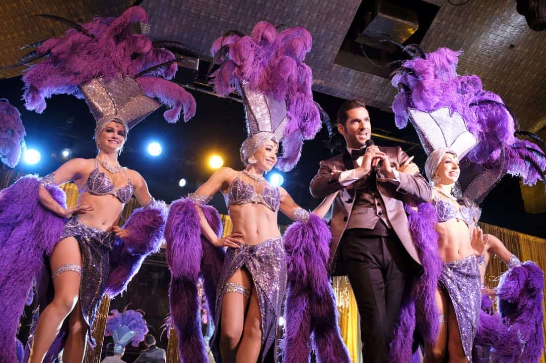 """LUCIFER: Aimee Garcia (center left) and Tom Ellis (center right) in the """"Vegas With Some Radish"""" episode of LUCIFER airing Monday, Nov. 6 (8:00-9:00 PM ET/PT) on FOX. CR: Michael Courtney/FOX"""