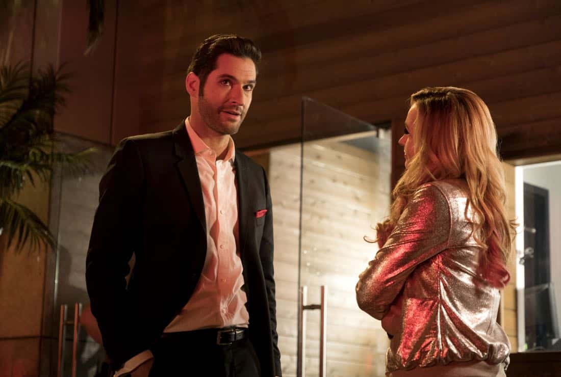 """LUCIFER: L-R: Tom Ellis and guest star Lindsay Gort in the """"Vegas With Some Radish"""" episode of LUCIFER airing Monday, Nov. 6 (8:00-9:00 PM ET/PT) on FOX. CR: Michael Courtney/FOX"""