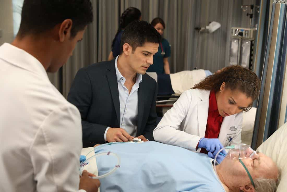 """THE GOOD DOCTOR - """"22 Steps"""" - Dr. Shaun Murphy has to confront prejudice from an unlikely source when he takes on the case of a patient with autism, and Dr. Jared Kalu has to learn to accept his limitations as a surgeon. """"The Good Doctor"""" airs MONDAY, NOV. 13 (10:01-11:00 p.m. EST), on The ABC Television Network. (ABC/Jack Rowand) NICHOLAS GONZALEZ, ANTONIA THOMAS, PAUL DOOLEY"""