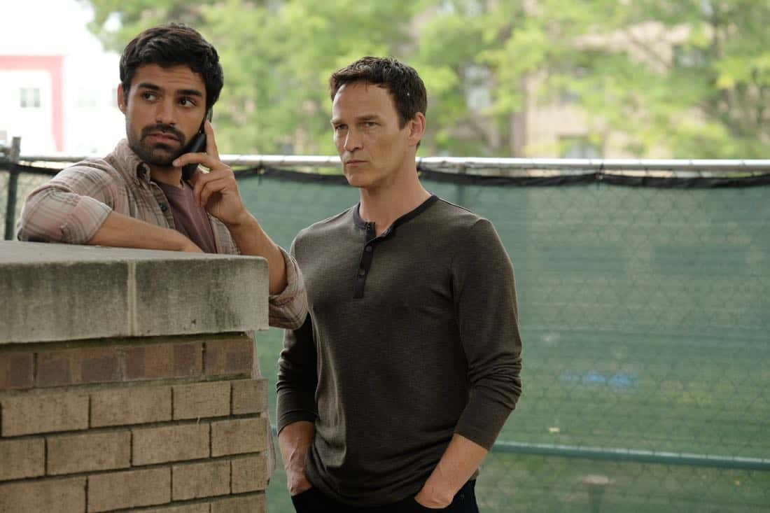 """THE GIFTED:  L-R:  Sean Teale and Stephen Moyer in the """"got your siX"""" episode of THE GIFTED airing Monday, Nov. 6 (9:00-10:00 PM ET/PT) on FOX.  ©2017 Fox Broadcasting Co.  Cr:  Eliza Morse/FOX"""