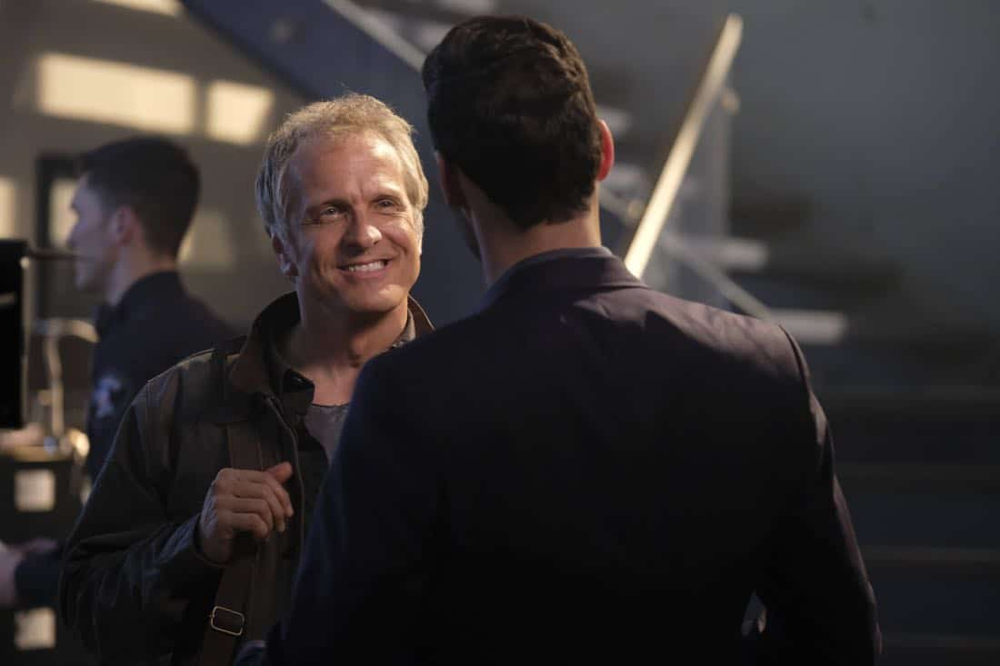 "LUCIFER: Guest star Patrick Fabian in the ""Off The Record"" episode of LUCIFER airing Monday, Nov. 13 (8:00-9:00 PM ET/PT) on FOX. CR:  Michael Courtney/FOX"