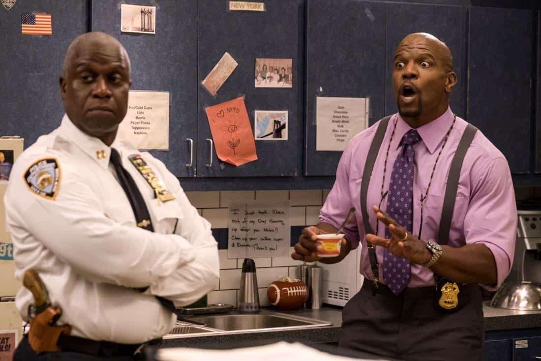 "BROOKLYN NINE-NINE: L-R: Andre Braugher and Terry Crews in the ""The Venue"" episode of BROOKLYN NINE-NINE airing Tuesday, Nov. 7 (9:30-10:00 PM ET/PT) on FOX. CR: John P. Fleenor/FOX"