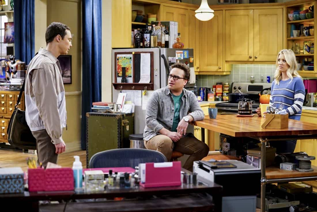 """""""The Tesla Recoil"""" -- Pictured: Sheldon Cooper (Jim Parsons), Leonard Hofstadter (Johnny Galecki) and Penny (Kaley Cuoco). Leonard and Wolowitz are furious after they learn Sheldon went to work with the military behind their backs. Also, while Bernadette is on bed rest, she asks Raj to do some digging when she suspects Ruchi is trying to steal her job, on THE BIG BANG THEORY, Thursday, Nov. 16 (8:00-8:31 PM, ET/PT) on the CBS Television Network. Photo: Sonja Flemming/CBS ©2017 CBS Broadcasting, Inc. All Rights Reserved."""