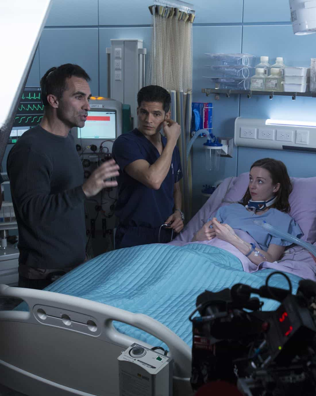 """THE GOOD DOCTOR - """"Apple"""" - During a robbery at the grocery mart Dr. Shaun Murphy is shopping at, his communication limitations puts lives at risk. Meanwhile, after Shaun's traumatic day, Dr. Aaron Glassman worries that he isn't doing enough to help Shaun, on """"The Good Doctor,"""" MONDAY, NOV. 20 (10:01-11:00 p.m. EST), on The ABC Television Network. (ABC/Jack Rowand) NESTOR CARBONELL (DIRECTOR), NICHOLAS GONZALEZ, KACEY ROHL"""