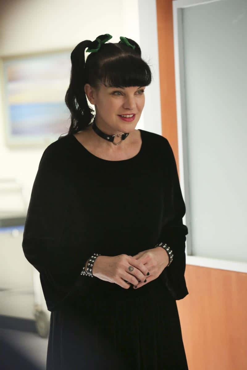 """""""Ready or Not"""" -- The team's Thanksgiving plans are put on hold while they track an elusive international arms dealer in D.C. who recently murdered an MI6 officer who was Sloane's close friend. Also, Abby races Delilah (Margo Harshman) to the hospital when her labor starts three weeks early, on NCIS, Tuesday, Nov. 21 (8:00-9:00 PM, ET/PT) on the CBS Television Network. Pictured: Pauley Perrette  Photo: Michael Yarish/CBS ©2017 CBS Broadcasting, Inc. All Rights Reserved"""