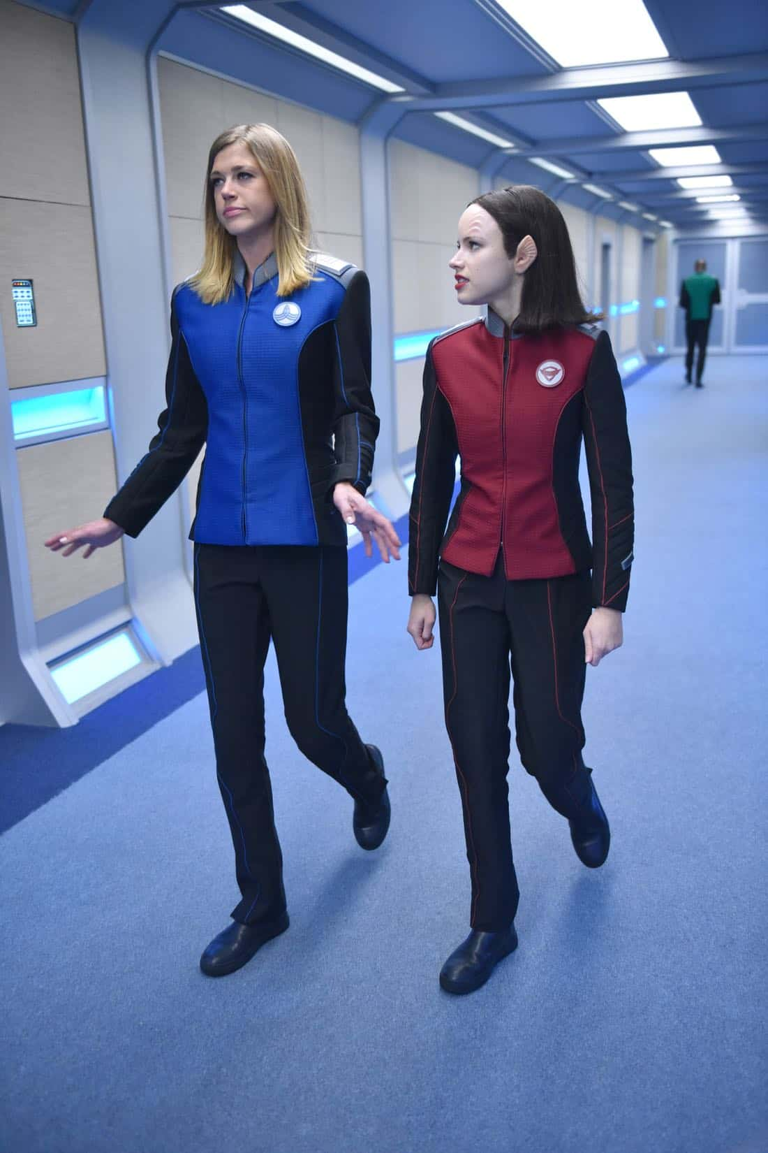 "THE ORVILLE:  L-R:  Adrianne Palicki and Halston Sage in the ""New Dimensions"" episode of THE ORVILLE airing Thursday, Nov. 30 (9:01-10:00 PM ET/PT) on FOX.  ©2017 Fox Broadcasting Co.  Cr:  Michael Becker/FOX"