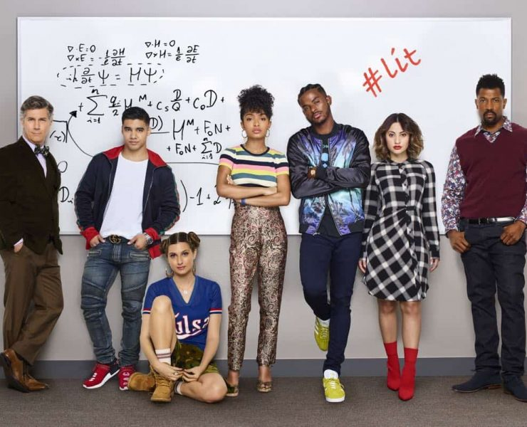 "GROWN-ISH - Freeform's ""grown-ish"" stars Chris Parnell as Dean Parker, Jordan Buhat as Vivek, Emily Arlook as Nomi Segal, Yara Shahidi as Zoey Johnson, Trevor Jackson as Aaron, Fancia Raisa as Ana Torres and Deon Cole as Charlie Telphy. (Freeform/Andrew Eccles)"