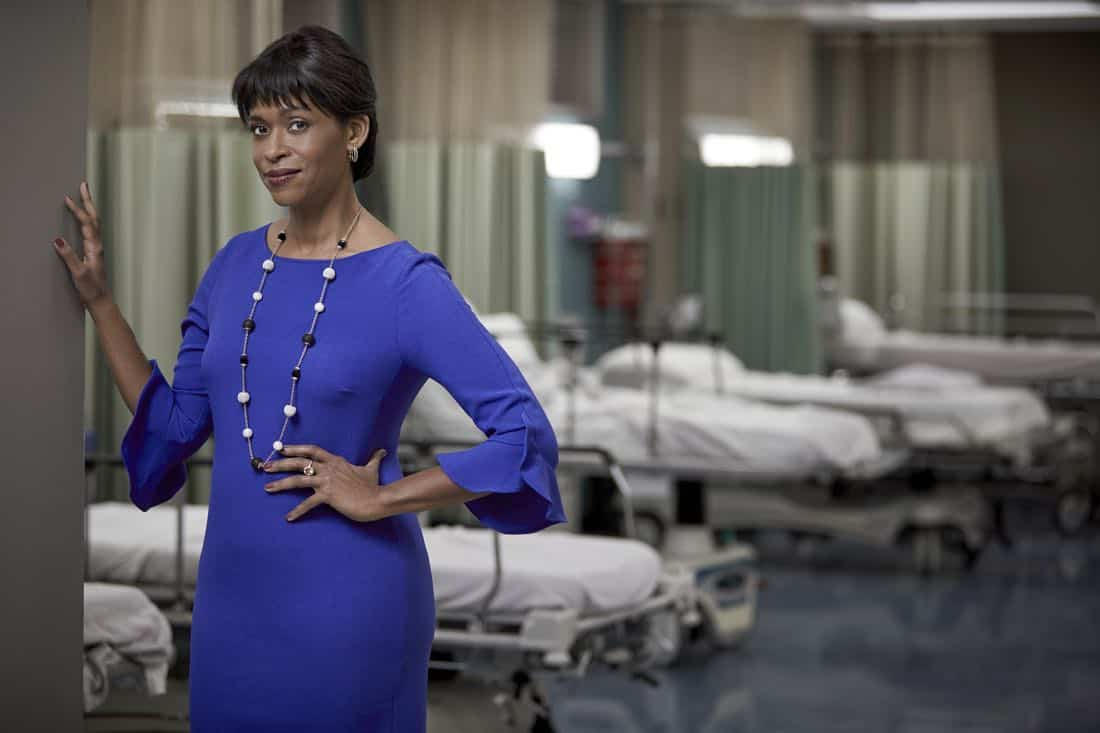 THE RESIDENT: Merrin Dungey as Claire Thorp in THE RESIDENT premiering Sunday, Jan. 21 (10:00-11:00 PM ET/7:00-8:00 PM PT), following the NFC CHAMPIONSHIP GAME, and makes its time period premiere on Monday, Jan. 22 (9:00-10:00 PM ET/PT).on FOX. ©2017 Fox Broadcasting Co. Cr: Justin Stephens/FOX