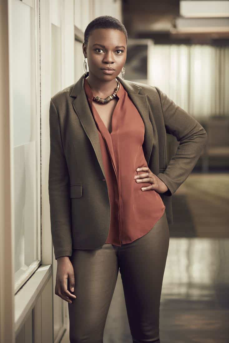 THE RESIDENT: Shaunette Renée Wilson as Dr. Mina Okafor in THE RESIDENT premiering Sunday, Jan. 21 (10:00-11:00 PM ET/7:00-8:00 PM PT), following the NFC CHAMPIONSHIP GAME, and makes its time period premiere on Monday, Jan. 22 (9:00-10:00 PM ET/PT).on FOX. ©2017 Fox Broadcasting Co. Cr: David Johnson/FOX