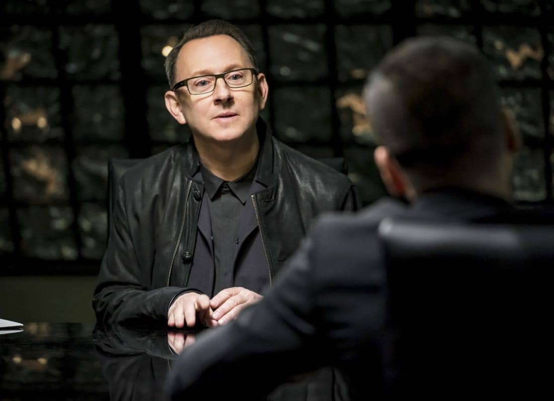 """Arrow -- """"Divided"""" -- Image Number: AR610a_0306.jpg -- Pictured: Michael Emerson as Cayden James -- Photo: Daniel Power/The CW -- © 2018 The CW Network, LLC. All Rights Reserved."""