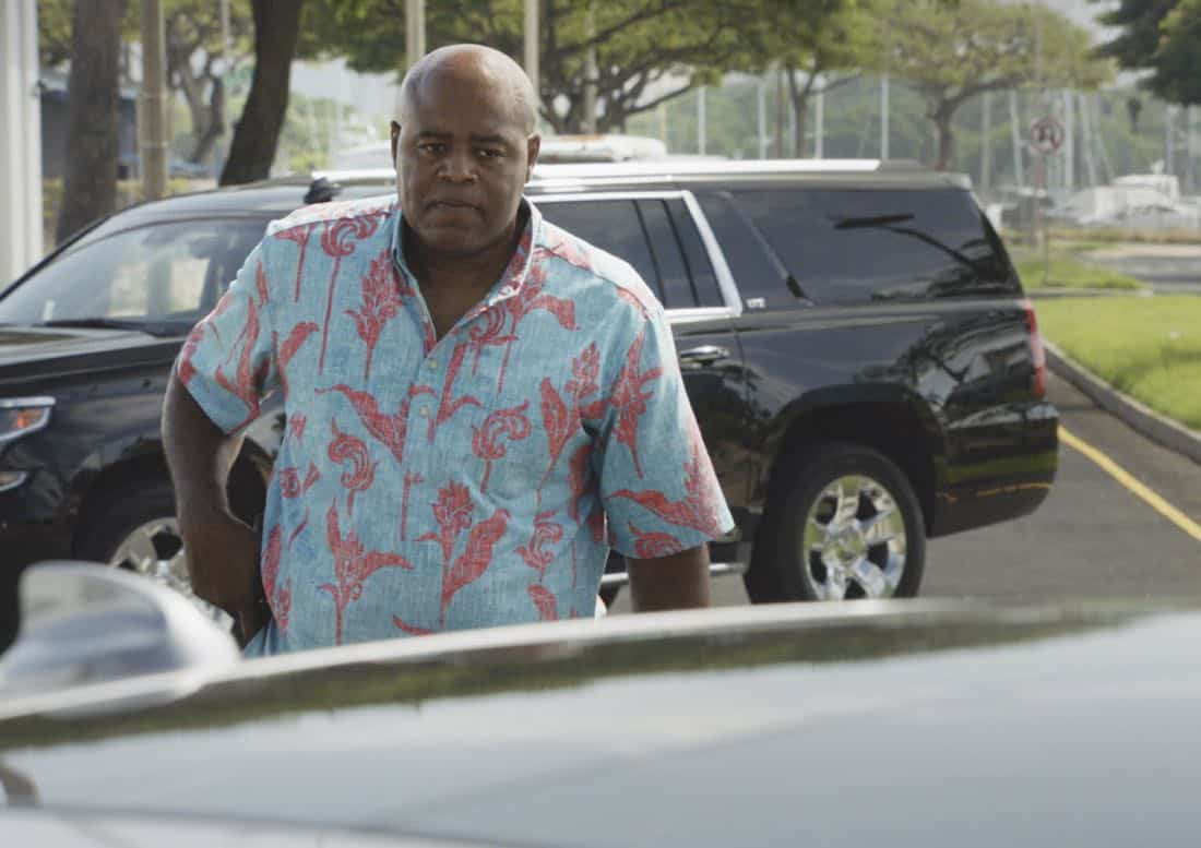 """""""O ka mea ua hala, ua hala ia.""""-- When a man accused of killing his wife threatens to commit suicide, Grover reveals how he too was once on the brink of taking his own life, on HAWAII FIVE-0, Friday, Jan. 12 (9:00-10:00 PM, ET/PT) on the CBS Television Network. Chi McBride appears in a PSA for the National Suicide Prevention Lifeline at the end of the episode. Pictured: Chi McBride as Lou Grover. Photo credit: Screengrab/©2017 CBS Broadcasting, Inc. All Rights Reserved.   (""""O ka mea ua hala, ua hala ia."""" is Hawaiian for """"What is Gone is Gone."""")"""