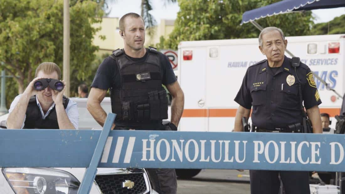 """""""O ka mea ua hala, ua hala ia.""""-- When a man accused of killing his wife threatens to commit suicide, Grover reveals how he too was once on the brink of taking his own life, on HAWAII FIVE-0, Friday, Jan. 12 (9:00-10:00 PM, ET/PT) on the CBS Television Network. Chi McBride appears in a PSA for the National Suicide Prevention Lifeline at the end of the episode. Pictured left to right: Scott Caan as Danny """"Danno"""" Williams, Alex O'Loughlin as Steve McGarrett, and Dennis Chun as Sgt. Duke Lukela. Photo credit: Screengrab/©2017 CBS Broadcasting, Inc. All Rights Reserved.   (""""O ka mea ua hala, ua hala ia."""" is Hawaiian for """"What is Gone is Gone."""")"""