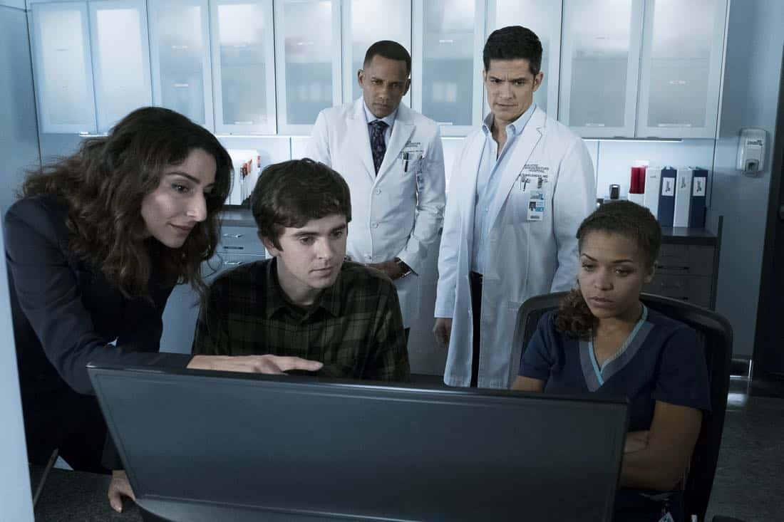 """THE GOOD DOCTOR - """"Islands Part Two"""" - The twins suffer complications from their surgery forcing the team at San Jose Boneventure Hospital to make a life-changing decision. Meanwhile, Dr. Shaun Murphy returns to the hospital after his trip with Lea and decides he needs a more permanent change and gives Dr. Aaron Glassman his two weeks' notice, on """"The Good Doctor,"""" MONDAY, JAN. 15 (10:01-11:00 p.m. EST), on The ABC Television Network.  (ABC/Eike Schroter) NECAR ZADEGAN, FREDDIE HIGHMORE, HILL HARPER, NICHOLAS GONZALEZ, ANTONIA THOMAS"""