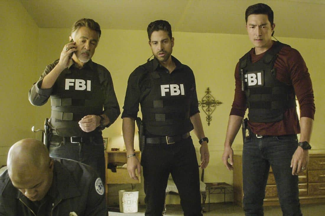 """""""Full-Tilt Boogie"""" -- The BAU team's investigation into the home invasion and attempted homicide of a police chief's wife uncovers a world of secrets in a small town in Virginia, on CRIMINAL MINDS, Wednesday, Jan. 10 (10:00-11:00 PM, ET/PT) on the CBS Television Network.  Pictured: Joe Mantegna (David Rossi), Adam Rodriguez (Luke Alvez), Daniel Henney (Matt Simmons)   Photo: Best Screen Grab Available ©2017 CBS Broadcasting, Inc. All Rights Reserved"""