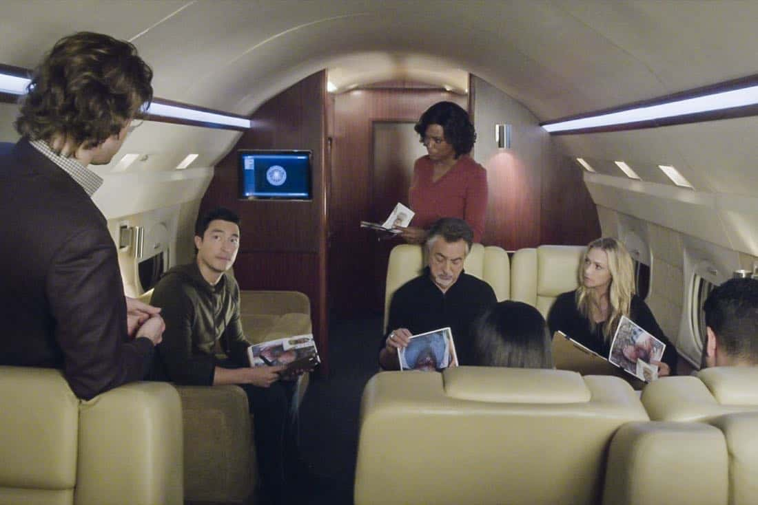 """""""Bad Moon on the Rise"""" -- The BAU is called to New York when several casualties of a brutal nature are reported in Central Park, on CRIMINAL MINDS, Wednesday, Jan. 17 (10:00-11:00 PM, ET/PT) on the CBS Television Network. Pictured: Daniel Henney (Matt Simmons), Aisha Tyler (Dr. Tara Lewis), Joe Mantegna (David Rossi), A.J. Cook (Jennifer """"JJ"""" Jareau) Photo: Best Screen Grab Available ©2018 CBS Broadcasting, Inc. All Rights Reserved"""