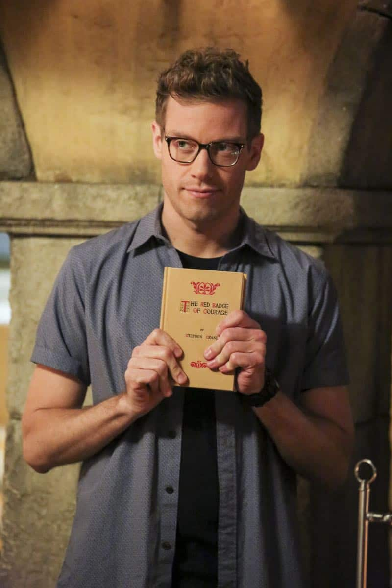 """""""Cac Tu Nhan"""" -- Pictured: Barrett Foa (Tech Operator Eric Beale). While Hetty is being tortured by her captors in Vietnam, Eric and Nell find a clue to her whereabouts, prompting the team to organize a rescue mission with very little information, on NCIS: LOS ANGELES, Sunday, Jan. 14 (9:00-10:00 PM, ET/PT) on the CBS Television Network. Carl Lumbly guest stars as Charles Langston and John M. Jackson guest stars as A.J. Chegwidden. Photo: Michael Yarish/CBS ©2017 CBS Broadcasting, Inc. All Rights Reserved."""