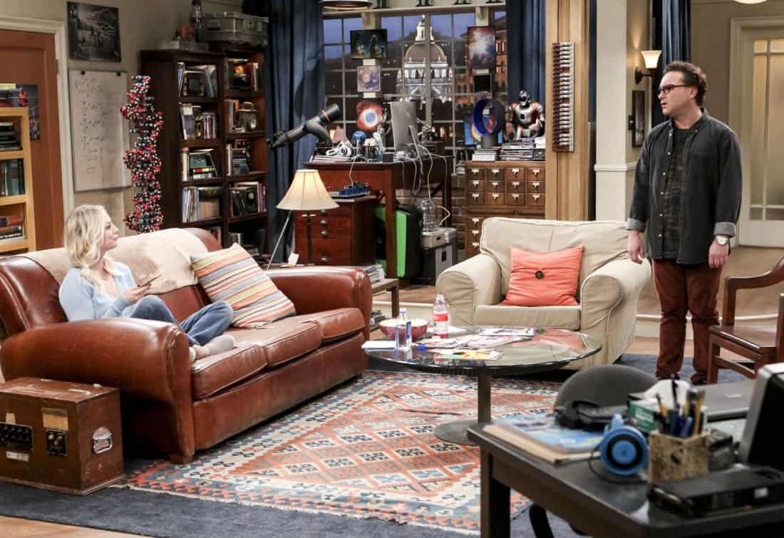 """""""The Separation Triangulation"""" -- Pictured: Penny (Kaley Cuoco) and Leonard Hofstadter (Johnny Galecki). Koothrappali finds himself in the middle of domestic drama when he learns the woman he's dating, Nell (Beth Behrs), has a very upset husband, Oliver (Walton Goggins). Also, when Sheldon rents his old room back for a quiet place to work, he drives Leonard crazy by being a model tenant, on THE BIG BANG THEORY, Thursday, Jan. 18 (8:00-8:31 PM, ET/PT) on the CBS Television Network. Photo: Sonja Flemming/CBS ©2018 CBS Broadcasting, Inc. All Rights Reserved."""