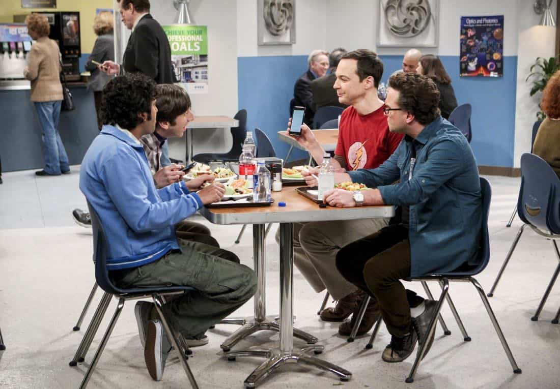 """""""The Separation Triangulation"""" -- Pictured: Rajesh Koothrappali (Kunal Nayyar), Howard Wolowitz (Simon Helberg), Sheldon Cooper (Jim Parsons) and Leonard Hofstadter (Johnny Galecki). Koothrappali finds himself in the middle of domestic drama when he learns the woman he's dating, Nell (Beth Behrs), has a very upset husband, Oliver (Walton Goggins). Also, when Sheldon rents his old room back for a quiet place to work, he drives Leonard crazy by being a model tenant, on THE BIG BANG THEORY, Thursday, Jan. 18 (8:00-8:31 PM, ET/PT) on the CBS Television Network. Photo: Sonja Flemming/CBS ©2018 CBS Broadcasting, Inc. All Rights Reserved."""