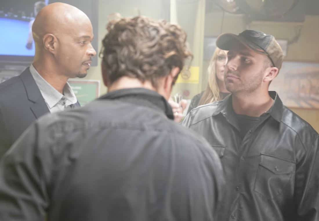 """LETHAL WEAPON: Pictured L-R: Damon Wayans, Clayne Crawford and guest star Matt DiBenedetto  in the """"Better Living Through Chemistry"""" episode of LETHAL WEAPON airing Tuesday, Jan. 16 (8:00-9:00 PM ET/PT) on FOX. ©2017 Fox Broadcasting Co. CR: Erik Voake/FOX"""
