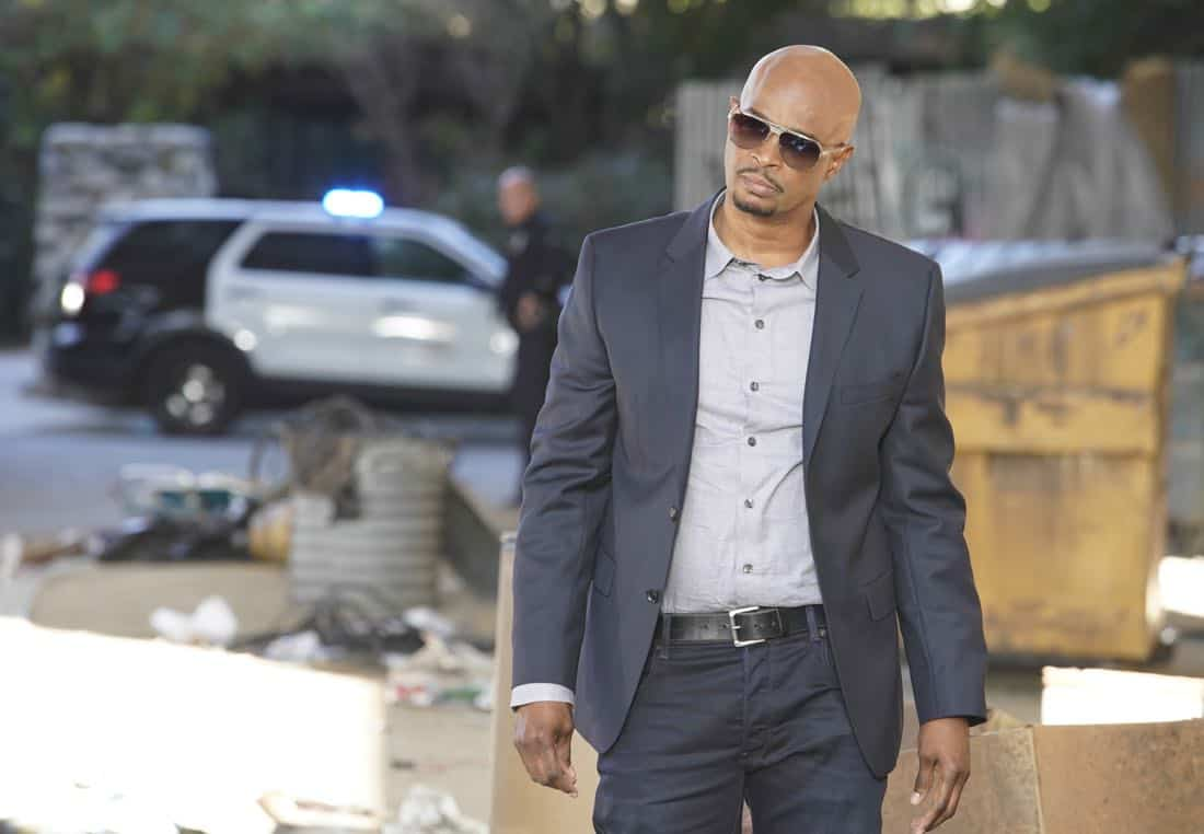 """LETHAL WEAPON: Damon Wayans in the """"Better Chemistry"""" episode of LETHAL WEAPON airing Tuesday, Jan. 9 (8:00-9:00 PM ET/PT) on FOX. ©2017 Fox Broadcasting Co. CR: Erik Voake/FOX"""