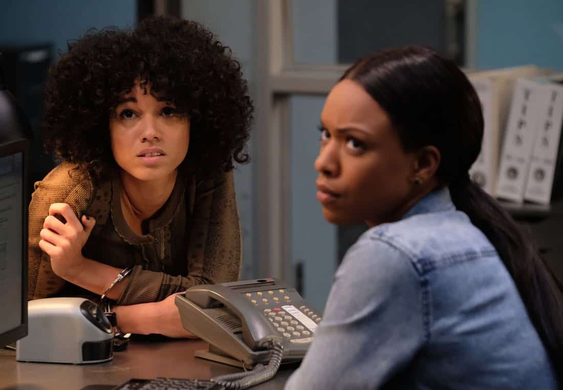 "LETHAL WEAPON: Pictured L-R: Guest star NAME and Michelle Mitchenor in the ""Double Shot of Bailey's"" episode of LETHAL WEAPON airing Tuesday, Jan. 16 (8:00-9:00 PM ET/PT) on FOX. ©2017 Fox Broadcasting Co. CR: Darren Michaels/FOX"