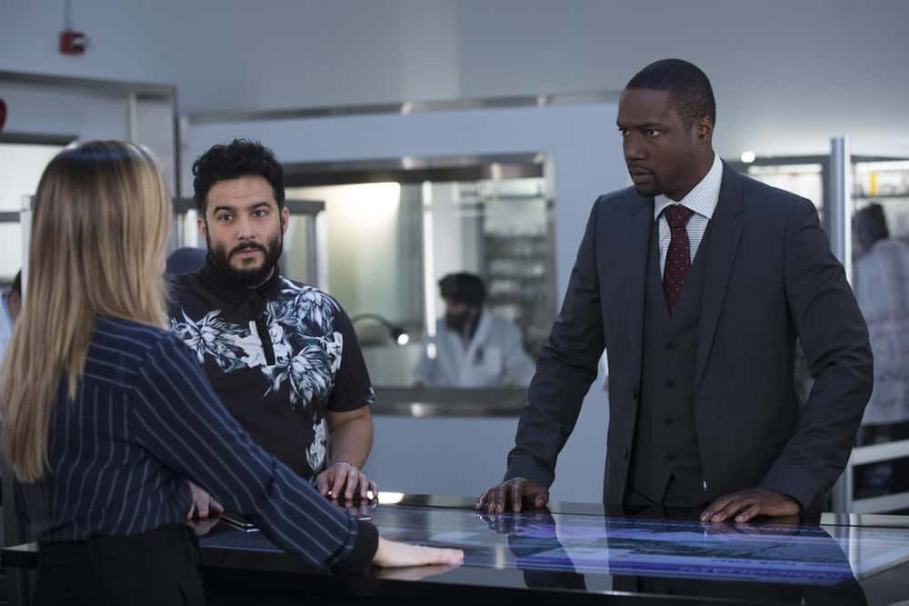 """BLINDSPOT -- """"Technology Wizards"""" Episode 311 -- Pictured: (l-r) Ennis Esmer as Rich Dotcom, Rob Brown as Edgar Reade -- (Photo by: Eric Liebowitz/NBC)"""