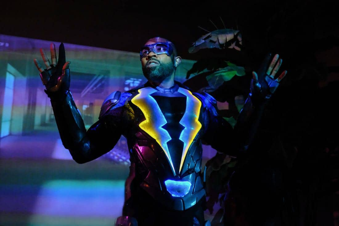 "Black Lightning -- ""LaWanda: The Book of Hope"" -- Image BLK102a_0168.jpg  -- Pictured: Cress Williams as Black Lightning -- Photo: Guy D'Alema/The CW -- © 2018 The CW Network, LLC. All rights reserved."