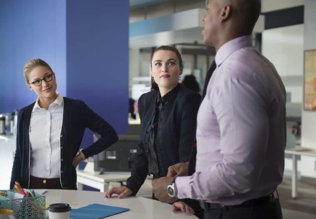 "Supergirl -- ""For Good"" -- Image Number: SPG312a_0280.jpg -- Pictured (L-R): Melissa Benoist as Kara/Supergirl, Katie McGrath as Lena Luthor and Mehcad Brooks as James Olsen -- Photo: Diyah Pera/The CW -- © 2018 The CW Network, LLC. All Rights Reserved."