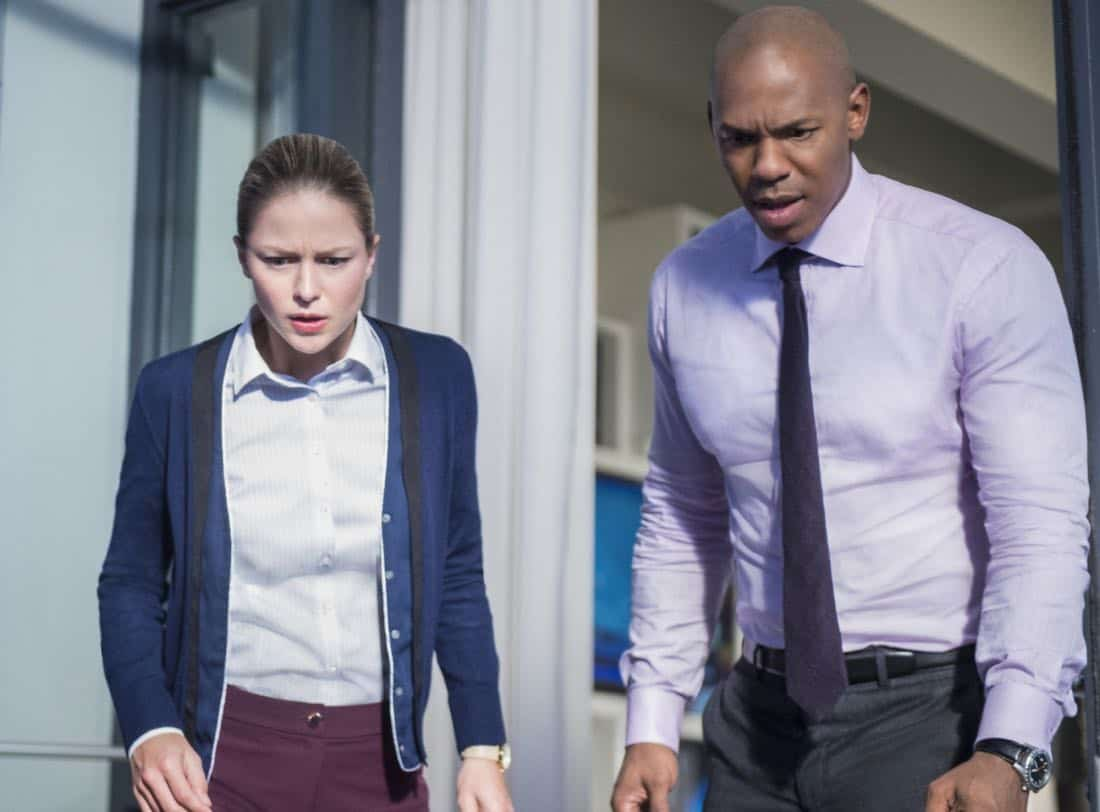 "Supergirl -- ""For Good"" -- Image Number: SPG312a_0246.jpg -- Pictured (L-R): Melissa Benoist as Kara/Supergirl and Mehcad Brooks as as James Olsen -- Photo: Diyah Pera/The CW -- © 2018 The CW Network, LLC. All Rights Reserved."