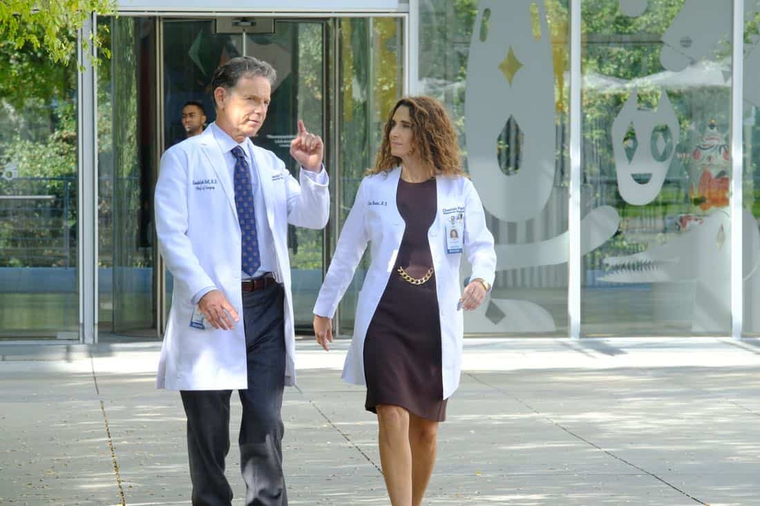 "THE RESIDENT: L-R: Bruce Greenwood and Melina Kanakaredes in the ""Independence Day"" time period premiere episode of THE RESIDENT airing Monday, Jan. 22 (9:00-10:00 PM ET/PT) on FOX ©2017 Fox Broadcasting Co. Cr: Guy D'Alema/FOX"