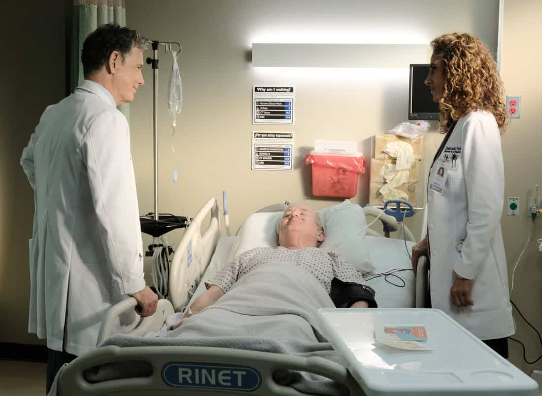 "THE RESIDENT: L-R: Bruce Greenwood, guest star Lindsay Ayliffe and Melina Kanakaredes in the ""Independence Day"" time period premiere episode of THE RESIDENT airing Monday, Jan. 22 (9:00-10:00 PM ET/PT) on FOX ©2017 Fox Broadcasting Co. Cr: Guy D'Alema/FOX"
