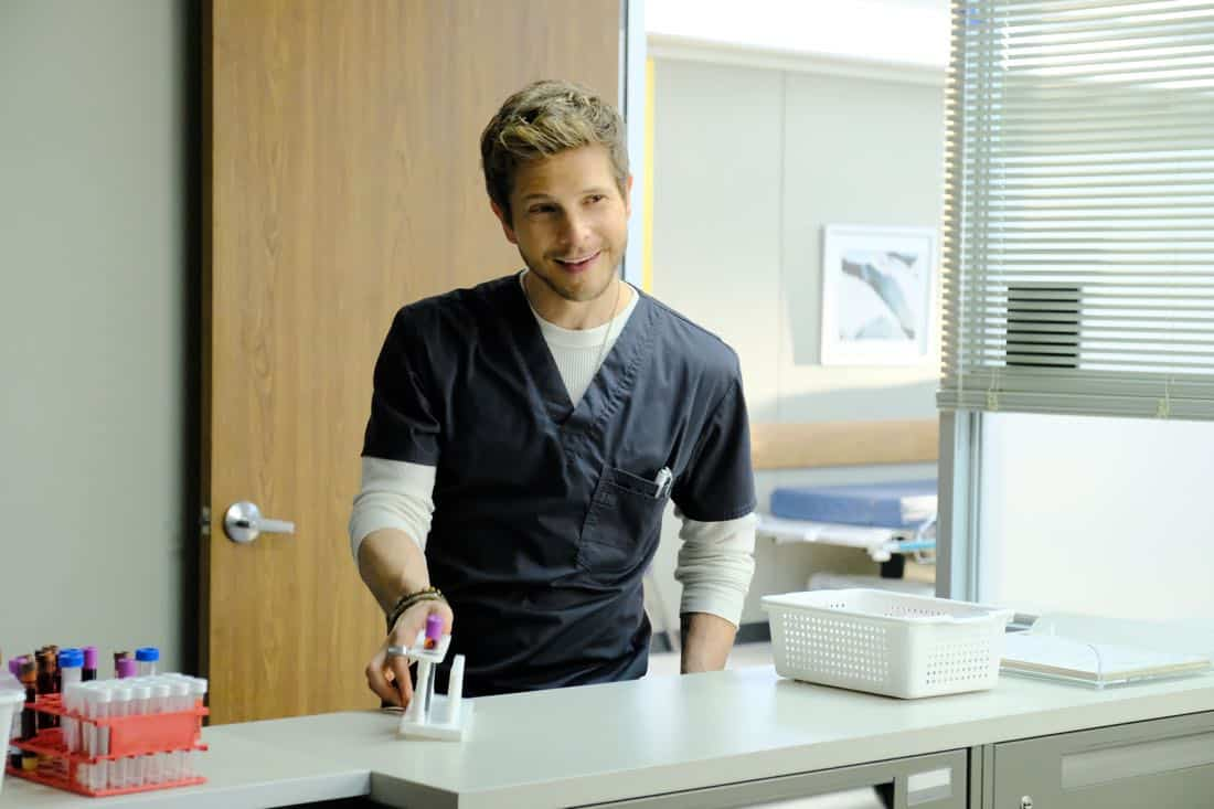 "THE RESIDENT: Matt Czuchry in the ""Independence Day"" time period premiere episode of THE RESIDENT airing Monday, Jan. 22 (9:00-10:00 PM ET/PT) on FOX ©2017 Fox Broadcasting Co. Cr: Guy D'Alema/FOX"