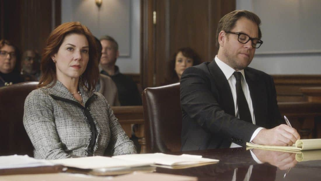 """Kill Shot"" -- A widow hires Bull to help represent her when the police decide that she is the most likely suspect in orchestrating her wealthy husband's death, making it look like a home invasion gone wrong, on BULL, Tuesday, Jan. 23 (9:00-10:00 PM, ET/PT) on the CBS Television Network. Pictured L-R: Stephanie Kurtzuba as Rebecca Hall and Michael Weatherly as Dr. Jason Bull Photo: CBS ©2018 CBS Broadcasting, Inc. All Rights Reserved"
