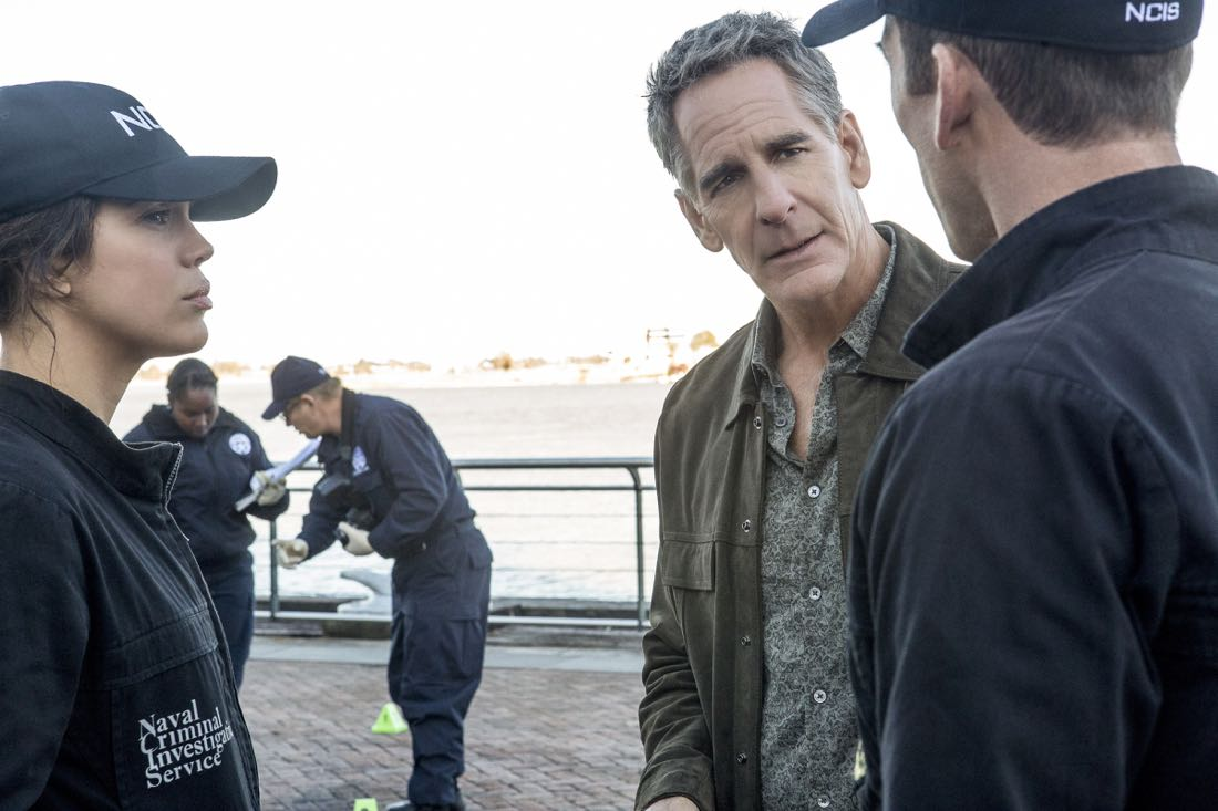 """""""A New Dawn"""" -- The NCIS team investigates the murder of a petty officer who was in town to help a refugee family being recruited by terrorists. Also, Wade works on the special election campaign for Mayor Zahra Taylor (Amanda Warren) that takes place during Mardi Gras, on NCIS: NEW ORLEANS, Tuesday, Feb. 6 (10:00-11:00 PM, ET/PT) on the CBS Television Network. Pictured L-R: Vanessa Ferlito as FBI Special Agent Tammy Gregorio, Scott Bakula as Special Agent Dwayne Pride, and Lucas Black as Special Agent Christopher LaSalle Photo: Skip Bolen/CBS ©2017 CBS Broadcasting, Inc. All Rights Reserved"""