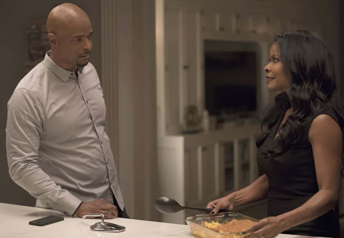 "LETHAL WEAPON: Pictured L-R: Damon Wayans and Keesha Sharp in the ""An Inconvenient Ruth"" episode of LETHAL WEAPON airing Tuesday, Feb. 6 (8:00-9:00 PM ET/PT) on FOX. ©2018 Fox Broadcasting Co. CR: Erik Voake/FOX"