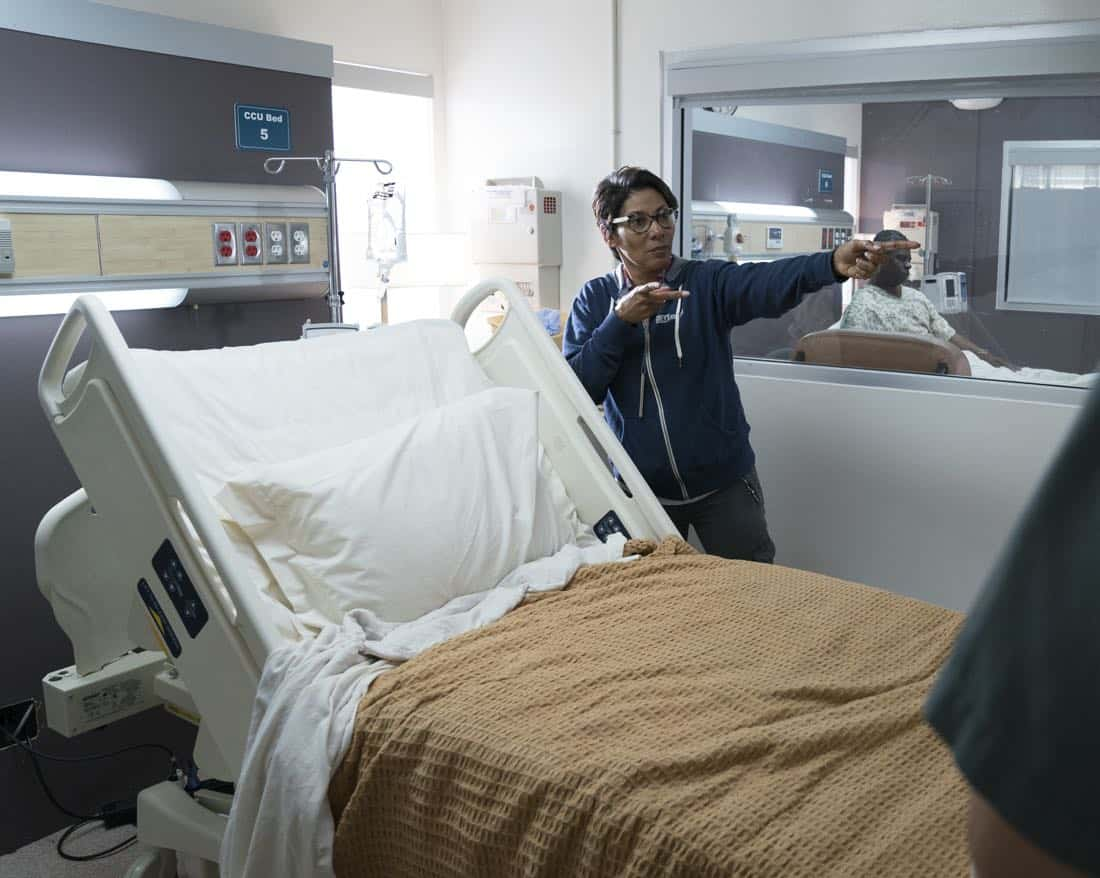 """GREY'S ANATOMY - """"(Don't Fear) the Reaper"""" - The stress of managing the hospital and coming to terms with Ben's decision to become a Seattle firefighter pushes Bailey to her limits, on """"Grey's Anatomy,"""" THURSDAY, FEB. 1 (8:00-9:00 p.m. EST), on The ABC Television Network. (ABC/Mitch Haaseth) NICOLE RUBIO (DIRECTOR)"""