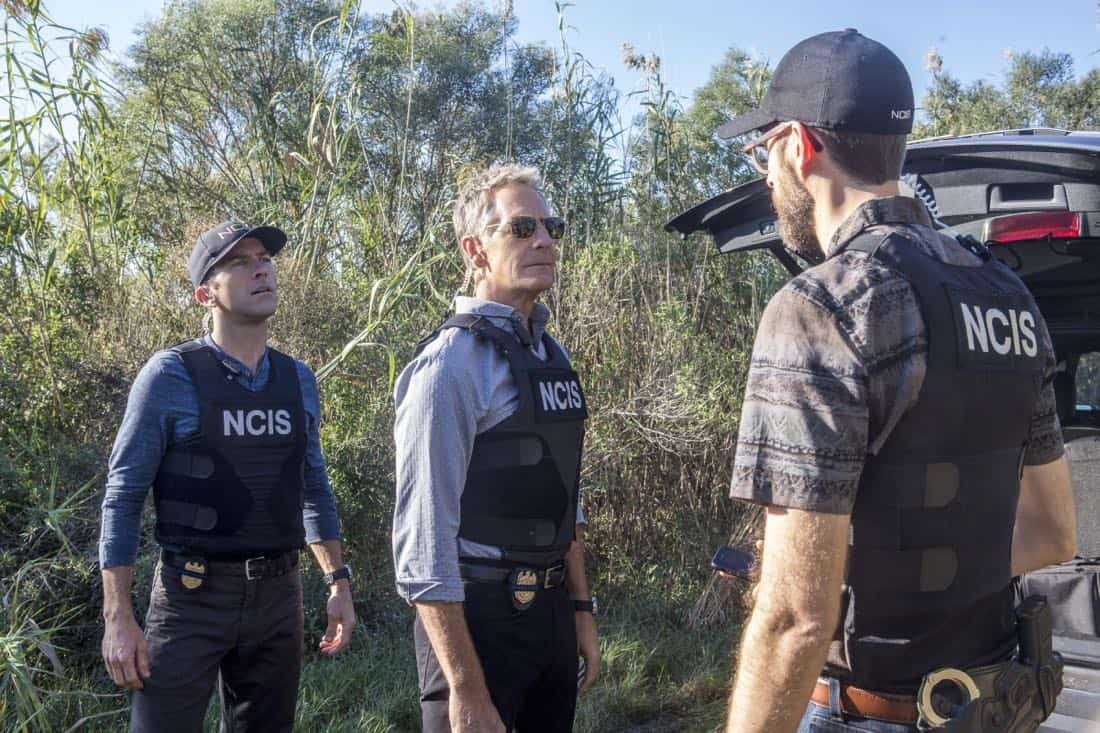 """""""Monster"""" -- After a deadly armed robbery and high-speed chase is connected to an undercover ATF operation, Percy reconnects with her former ATF partner, Jake Roman (L. Steven Taylor), on NCIS: NEW ORLEANS, Tuesday, Jan. 2 (10:00-11:00 PM, ET/PT) on the CBS Television Network. Pictured L-R: Lucas Black as Special Agent Christopher LaSalle, Scott Bakula as Special Agent Dwayne Pride, and Rob Kerkovich as Forensic Scientist Sebastian Lund Photo: Skip Bolen/CBS ©2017 CBS Broadcasting, Inc. All Rights Reserved"""