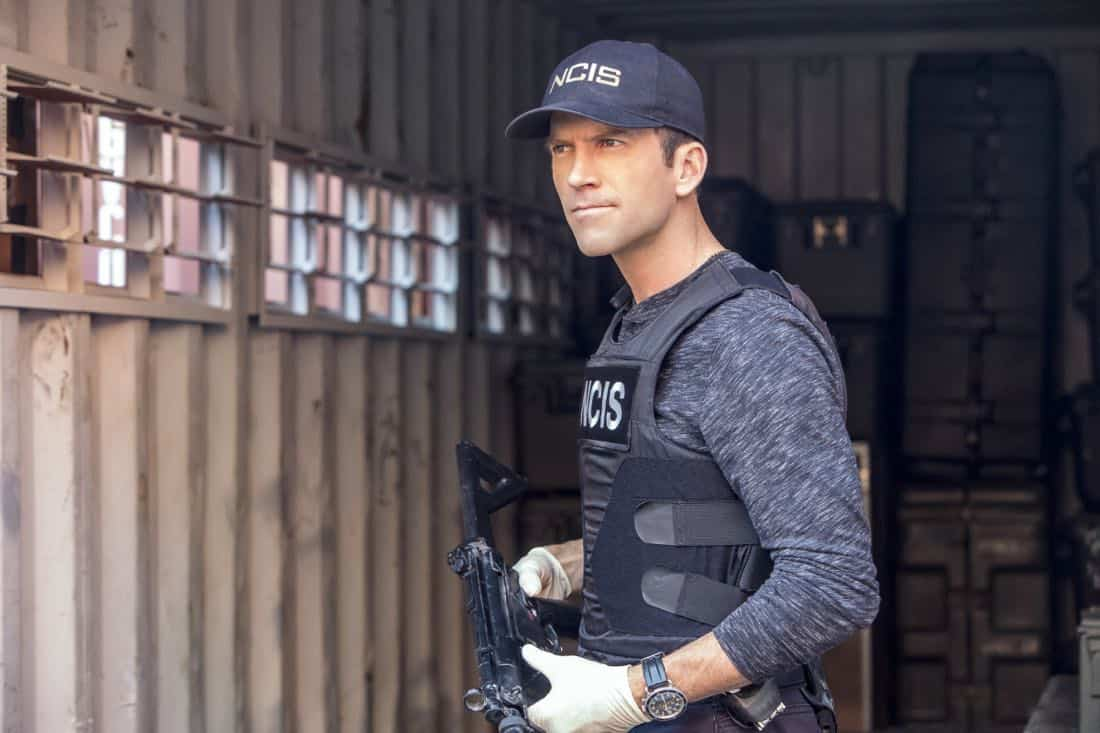 """""""Monster"""" --After a deadly armed robbery and high-speed chase is connected to an undercover ATF operation, Percy reconnects with her former ATF partner, Jake Roman (L. Steven Taylor), on NCIS: NEW ORLEANS, Tuesday, Jan. 2 (10:00-11:00 PM, ET/PT) on the CBS Television Network. Pictured: Lucas Black as Special Agent Christopher LaSalle Photo: Skip Bolen/CBS ©2017 CBS Broadcasting, Inc. All Rights Reserved"""